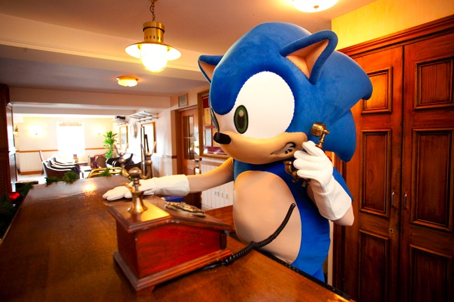 Sonic reception. SONIC THE HEDGEHOG  The Rollercoaster    GeekWeek