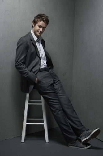 Robert Buckley 1