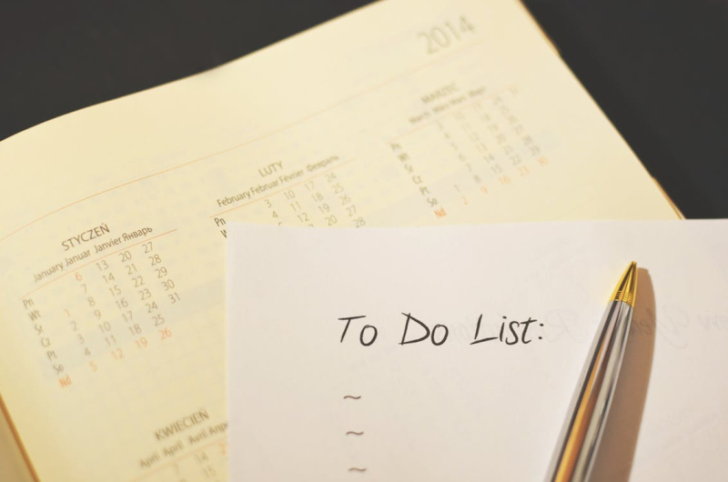 Pen-calendar-to-do-checklist